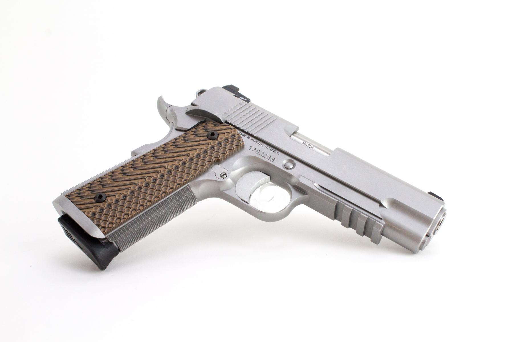 "Dan Wesson Specialist Commander |9mm 1911 4.25"" Barrel Stainless Steel Slide Night Sights G10 Grips Picatinny Rail Ambi Safety, Two 9 Round Magazines"