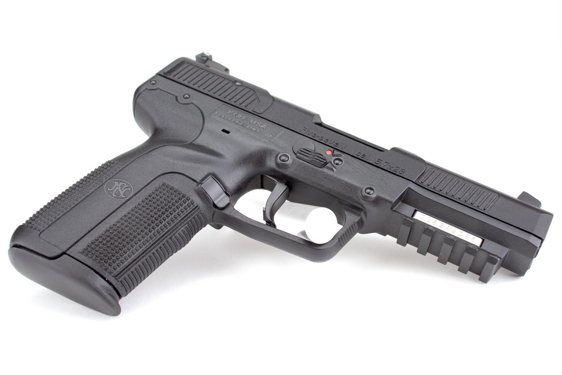 Five-Seven |5.7x28mm 4.8 Inch Barrel Adjustable 3-Dot Sights Black Three 20 Round Magazines