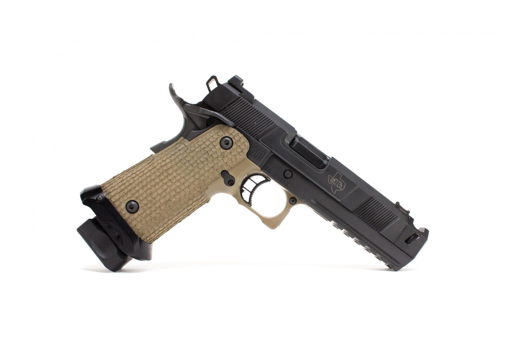 "STI Costa Carry Comp 2011 |9mm 4"" Barrel, Compensator, Ambi Safety, Magwell, Heinie Ledge Rear Sight, Fiber Optic Front Sight, 2 17 Rd Magazines"